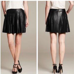 BR Black 100% Lamb Leather Pleated Mini Skirt NWOT